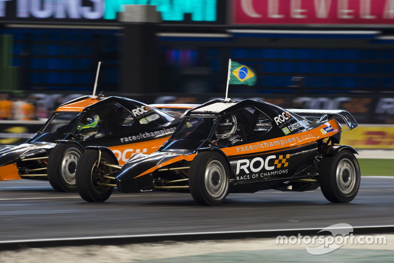 Helio Castroneves, carrera de Felipe Massa, conduce el coche ROC