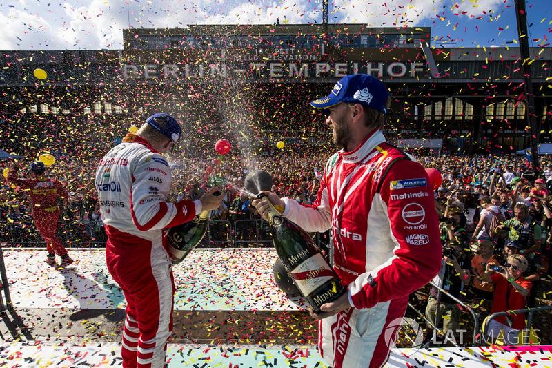 Podio: tercer lugar Nick Heidfeld, Mahindra Racing; ganador de la carrera Felix Rosenqvist, Mahindra Racing