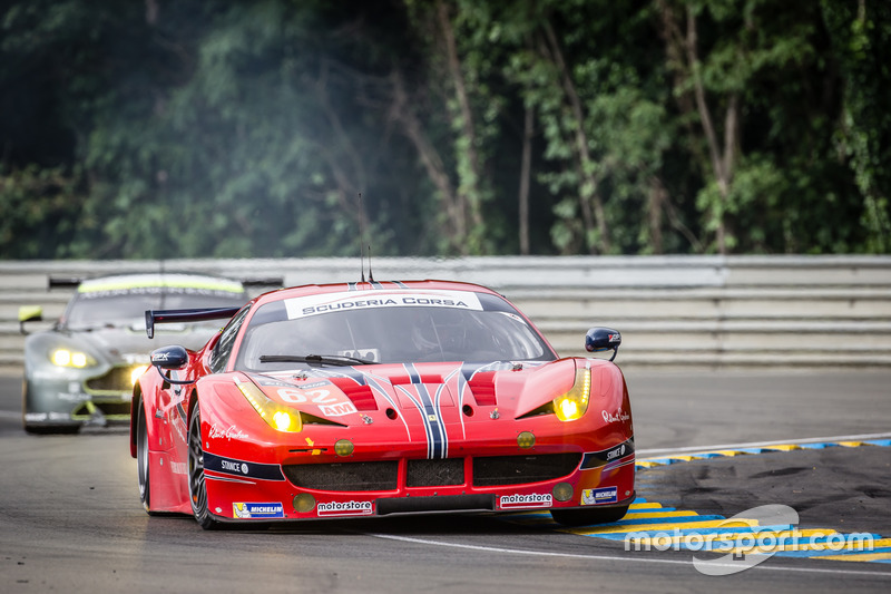 26e: (GTE AM-winnaar) #62 Scuderia Corsa Ferrari 458 Italia: Bill Sweedler, Jeff Segal, Townsend Bell