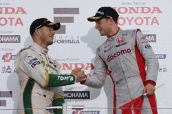 Podium: race winner Stoffel Vandoorne, Dandelion Racing, second place Andre Lotterer, Team Tom's