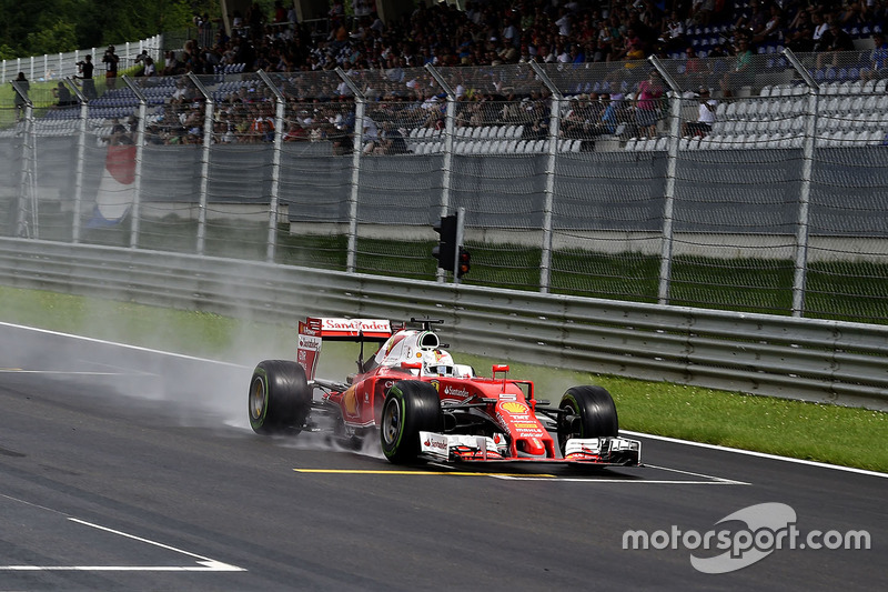 GP da Áustria de 2016: acidente de Vettel
