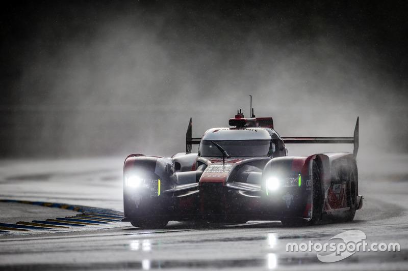 # 7 Audi Sport Team Joest Audi R18: Marcel Fassler, Andre Lotterer, Benoit Tréluyer