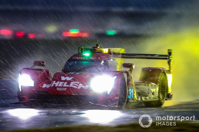 The Whelen Engineering Action Express Racing Cadillac DPi-V.R of Felipe Nasr, Eric Curran, Pipo Derani.