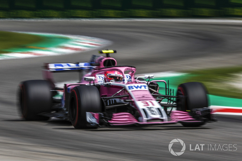 8: Esteban Ocon, Racing Point Force India VJM11, 1'21.099