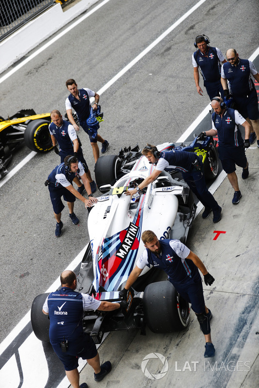 Sergey Sirotkin, Williams FW41, pits