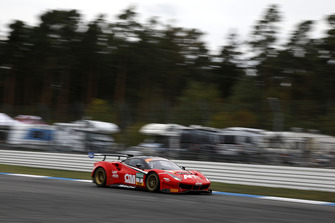 #7 HB Racing Ferrari 488 GT3: Davide Rigon, Luca Ludwig