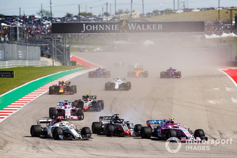 Естебан Окон, Racing Point Force India VJM11, попереду суперників