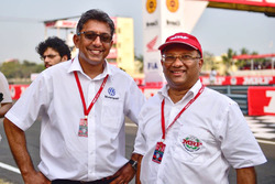 Sirish Vissa, Head of Volkswagen Motorsport India and Arun Mammen, MRF Managing Director and Executive Director