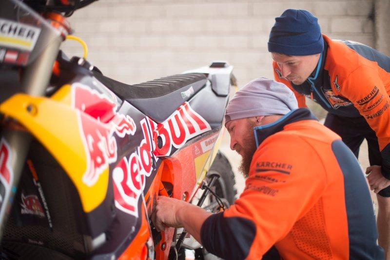 Meccanici KTM