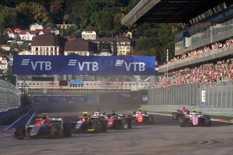 Roberto Merhi, Campos Racing, Alessio Lorandi, Trident, Louis Deletraz, Charouz Racing System, Nirei Fukuzumi, BWT Arden, au départ