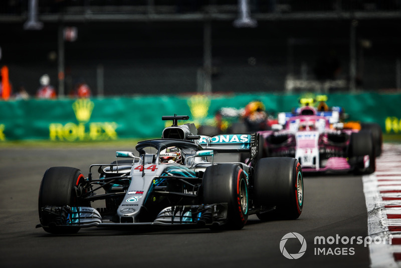 Lewis Hamilton, Mercedes AMG F1 W09 EQ Power+, Esteban Ocon, Racing Point Force India VJM11