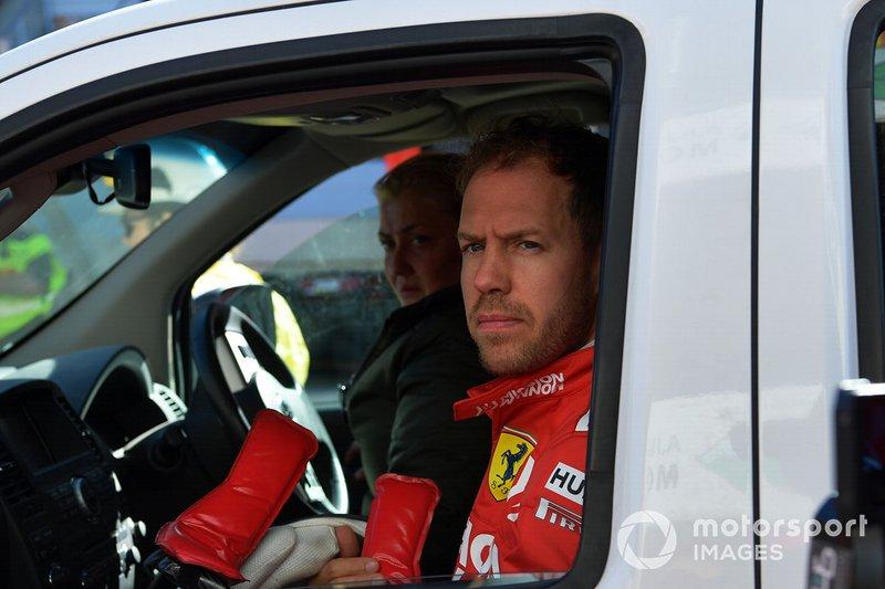 Sebastian Vettel, Ferrari, dopo l'incidente