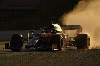 Daniil Kvyat, Scuderia Toro Rosso STR14, sort large