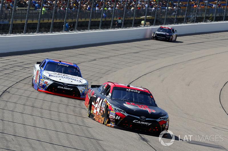 Dylan Lupton, JGL Racing Toyota and Ryan Preece, Joe Gibbs Racing Toyota