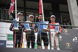 Podio: Ganador de la carrera Lando Norris, Carlin Dallara F317 - Volkswagen, segundo lugar Joel Eriksson, Motopark Dallara F317 - Volkswagen, tercer lugar Guan Yu Zhou, Prema Powerteam, Dallara F317 - Mercedes-Benz