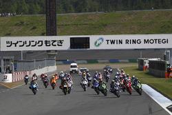 2016年のMFJ全日本ロードレース選手権もてぎの様子