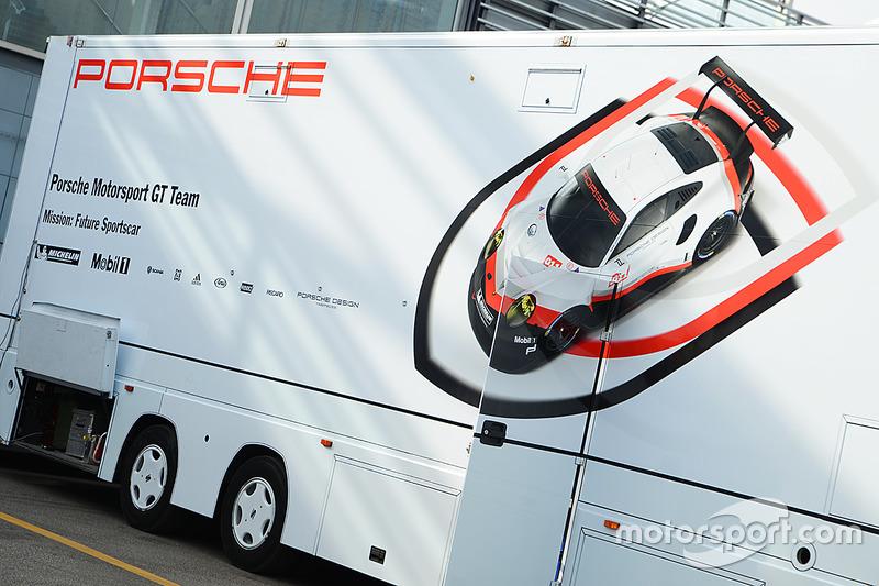 Transportes de Porsche Team