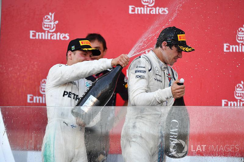 Podio: segundo lugar Valtteri Bottas, Mercedes AMG F1 y el tercer lugar Lance Stroll, Williams
