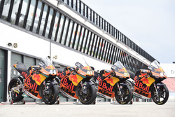 Bikes of Miguel Oliveira, Red Bull KTM Ajo, Brad Binder, Red Bull KTM Ajo and Moto3