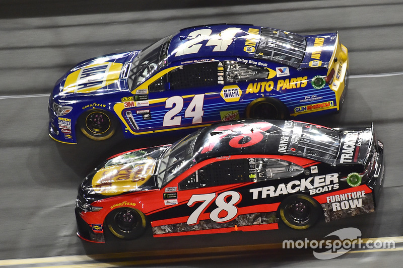 Chase Elliott, Hendrick Motorsports, Chevrolet; Martin Truex Jr., Furniture Row Racing, Toyota