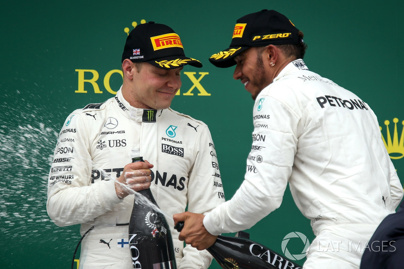 Valtteri Bottas, Mercedes AMG F1 and race winner Lewis Hamilton, Mercedes AMG F1 celebrates on the p