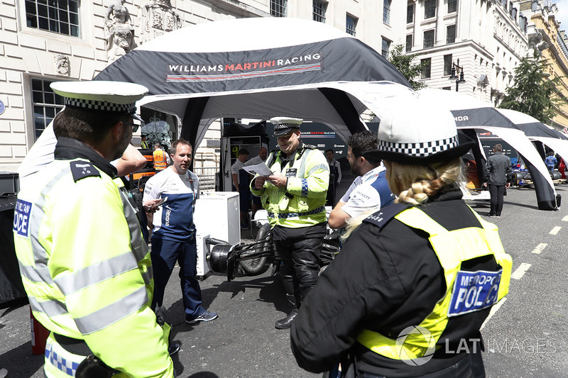 The Police pay a visit to the Williams tent