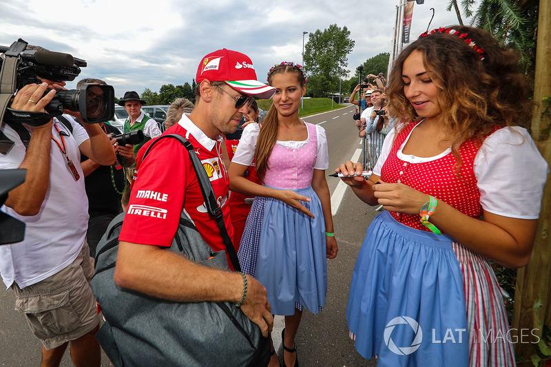 Себастьян Феттель, Ferrari та дівчата