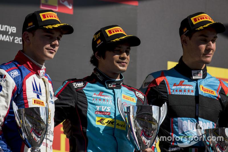 Podium : le vainqueur Arjun Maini, Jenzer Motorsport, le deuxième, Dorian Boccolacci, Trident, le troisième, Alessio Lorandi, Jenzer Motorsport
