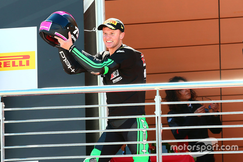 Podium SSP300: race winner Scott Deroue, MTM HS Kawasaki