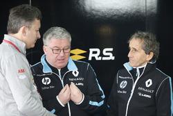 Алехандро Агаг и руководитель команды Renault e.Dams Ален Прост