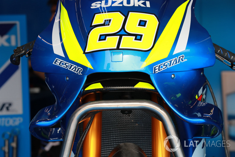Andrea Iannone, Team Suzuki MotoGP fairing