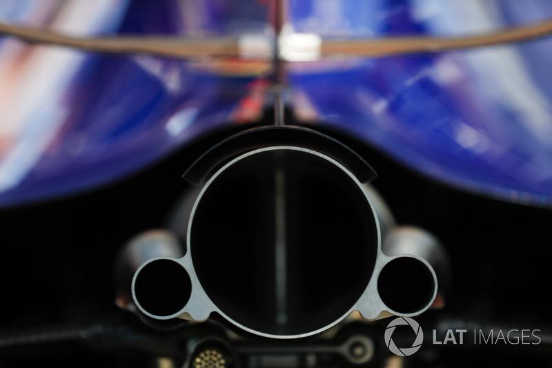 Вихлип Scuderia Toro Rosso STR13