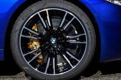 BMW M5 та шини Pirelli