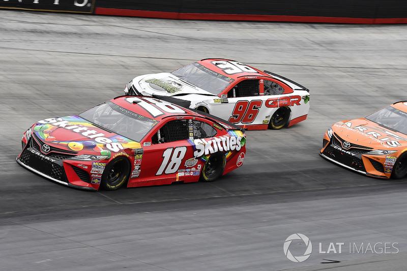 Kyle Busch, Joe Gibbs Racing, Toyota Camry Skittles and D J Kennington, Gaunt Brothers Racing, Toyota Camry, Gaunt Brothers Racing