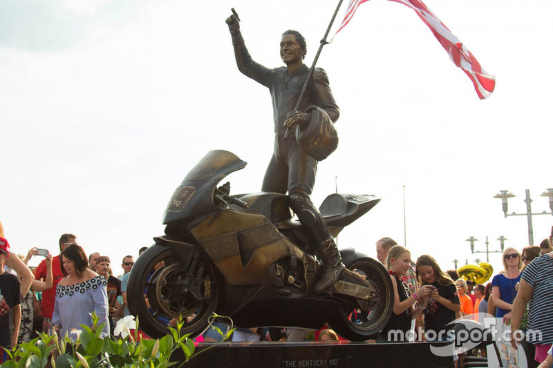 Nicky Hayden memorial statue