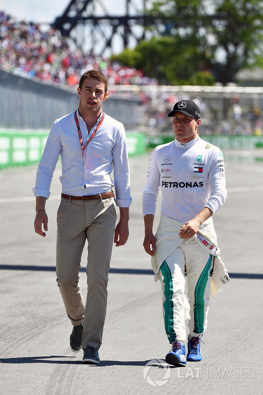 Paul di Resta, Sky TV and Valtteri Bottas, Mercedes-AMG F1 in parc ferme