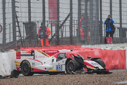 #33 Eurasia Motorsport Oreca 05 - Nissan: Jun Jin Pu, Nick de Bruijn, Tristan Gommendy crash