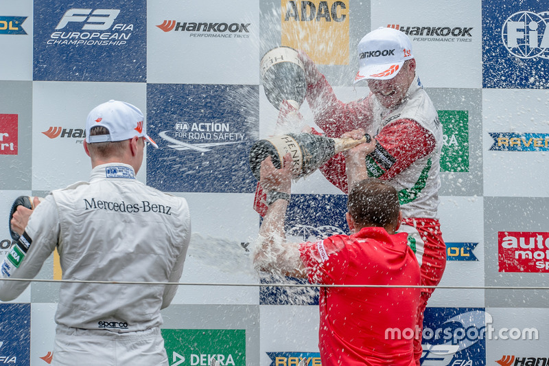 Podium, Nick Cassidy, Prema Powerteam Dallara F312 - Mercedes-Benz, Maximilian Günther, Prema Powerteam Dallara F312 - Mercedes-Benz