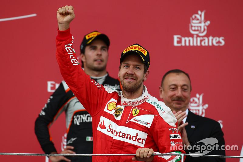 Podio: Segundo lugar Sebastian Vettel, Scuderia Ferrari SF16-H