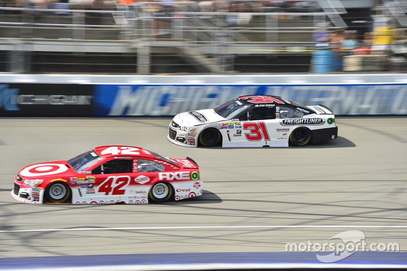 Ryan Newman, Richard Childress Racing Chevrolet, Kyle Larson, Chip Ganassi Racing Chevrolet