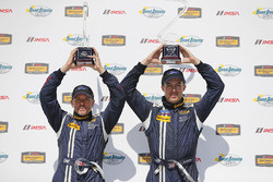 Podium: race winners #15 Multimatic Motorsports Ford Shelby GT350R-C: Scott Maxwell, Billy Johnson