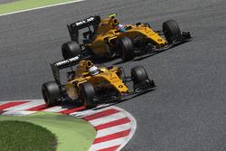 Kevin Magnussen, Renault Sport F1 Team RS16, und Jolyon Palmer, Renault Sport F1 Team RS16