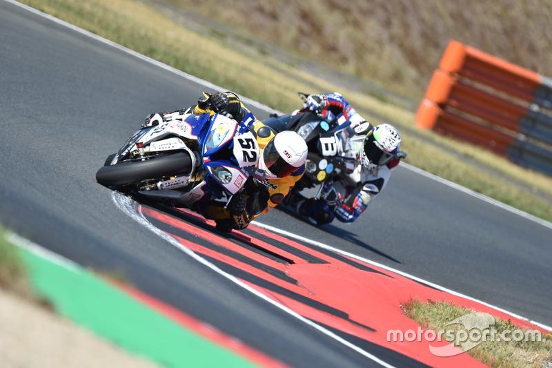 #52, Lukoil BMW Motorrad CSEU, BMW: Roland Resch, Fabrizio Loi, Julian Mayer