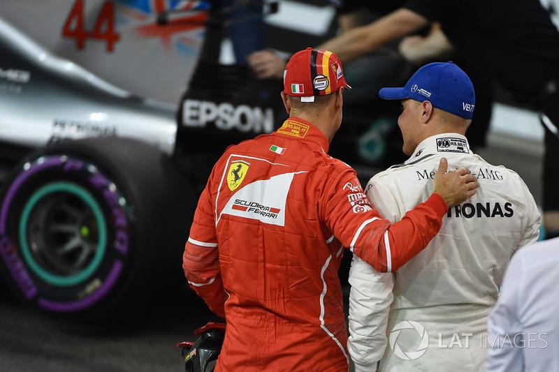 Pole sitter Valtteri Bottas, Mercedes AMG F1 and Sebastian Vettel, Ferrari