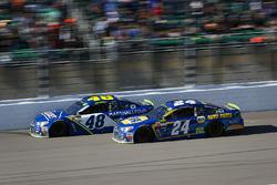 Jimmie Johnson, Hendrick Motorsports Chevrolet and Chase Elliott, Hendrick Motorsports Chevrolet