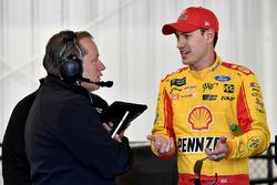 Joey Logano, Team Penske, Ford Fusion Shell Pennzoil and crew chief Todd Gordon