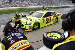 Paul Menard, Wood Brothers Racing, Menards / Moen Ford Fusion pits