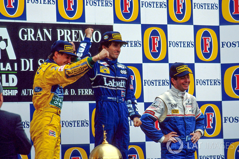 Podyum: Yarış galibi Alain Prost, 2. Michael Schumacher, 3. Martin Brundle