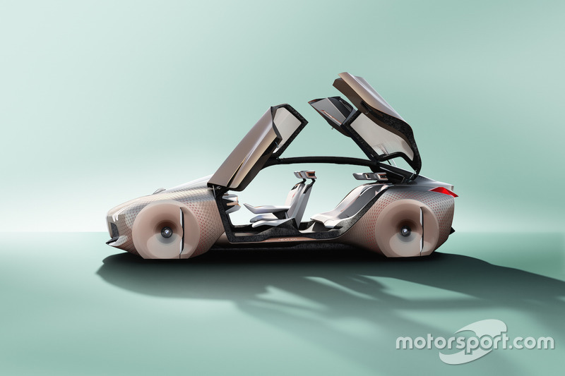 BMW Vision Next 100