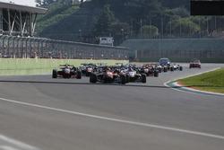 Start: Lance Stroll, Prema Powerteam Dallara F312, Mercedes-Benz, führt